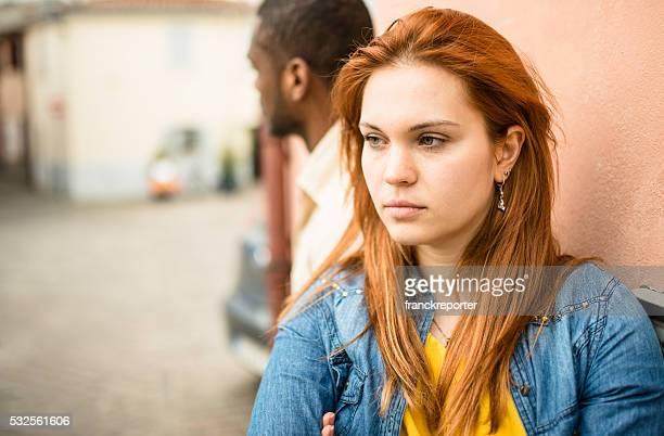 Flirter les jeunes femmes espérant