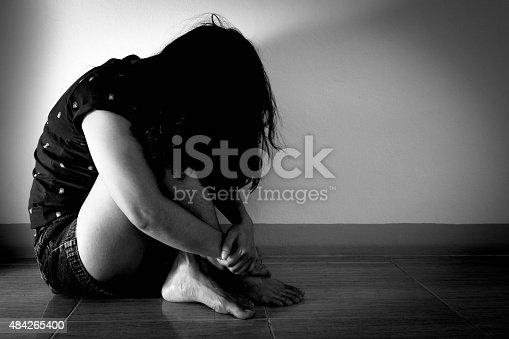 Femme solitaire peut inséminer prise